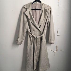 Uniqlo cream trench coat